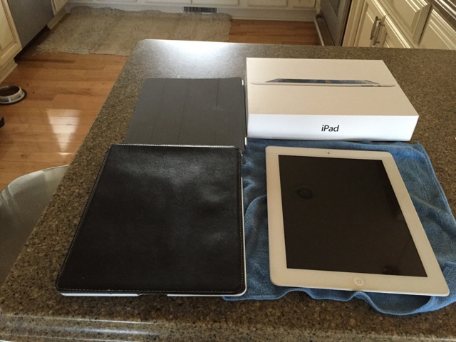 WTS: white iPad 32gb 4th Generation-imageuploadedbytapatalk1415027023.598810.jpg