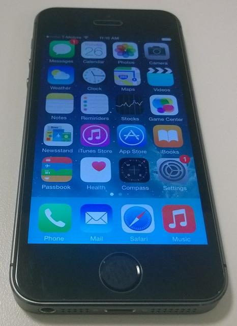 NEW UNLOCKED iPhone 5S 64GB Space Gray-wp_20150226_001.jpg
