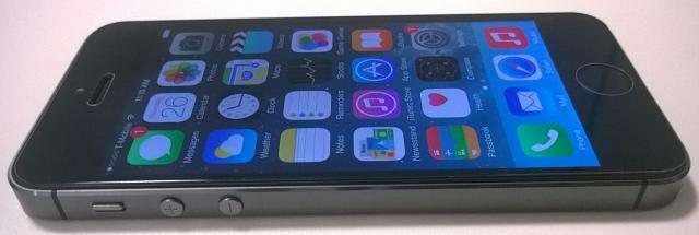 NEW UNLOCKED iPhone 5S 64GB Space Gray-wp_20150226_005.jpg