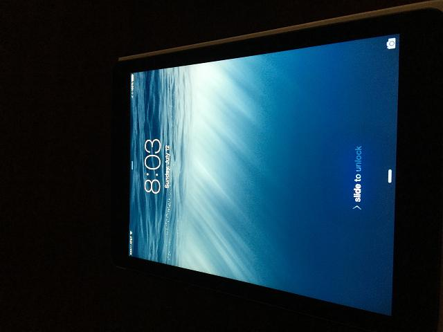 Ipad Air 16GB W/ Wifi & Cellular-img_0563.jpg