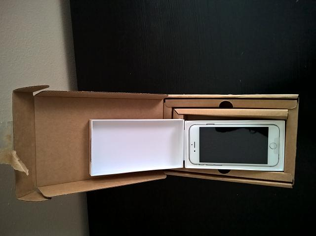 WTS: iphone 6 64gb Silver Verizon.  Replacement phone with applecare and more-wp_20150805_16_03_59_raw.jpg