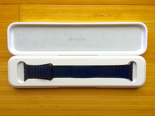 OEM 42mm Bright Blue Leather Loop - Medium-img_1439.jpg