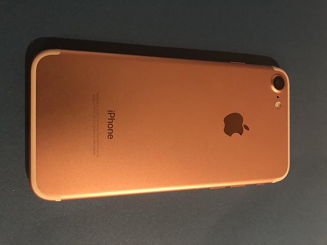 WTS - Rose Gold iPhone 7 AT&T-img_0111.jpg