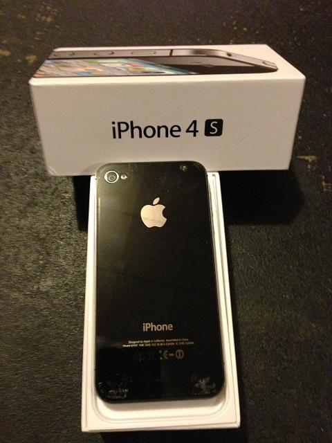 WTS: iPhone 4S 64GB for Sprint (Black) with ZAGG--MINT/UNLOCKED-4s-back.jpg