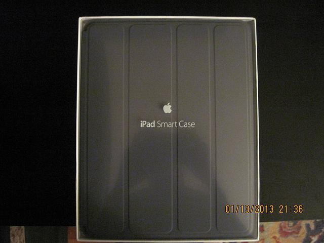 Apple iPad 2 WiFi+3G (Verizon) 32GB Black and loads of accessories-ipad-smartcase.jpg
