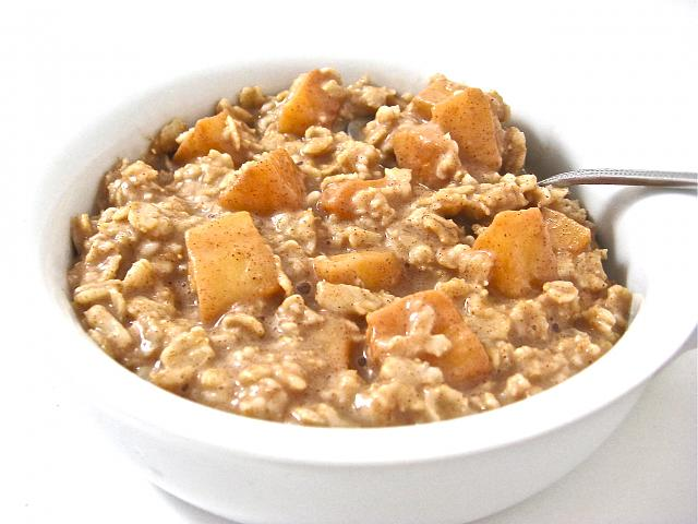 The iMore 20K / 50K Post Challenge - Are you up for it?-apple-pie-oatmeal-3.jpg