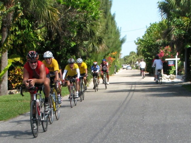 The iMore 20K / 50K Post Challenge - Are you up for it?-casey-key-cyclists-630x473.jpg