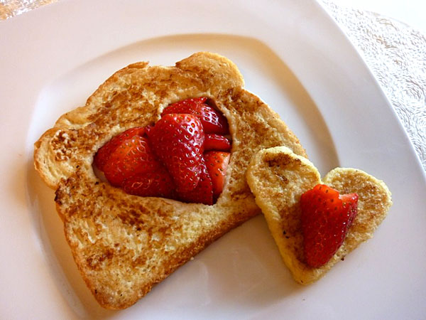 The iMore 20K / 50K Post Challenge - Are you up for it?-french-toast-hearts.jpg