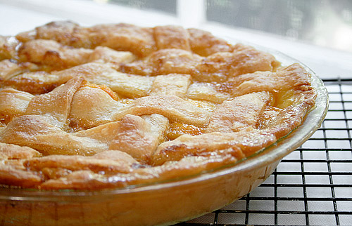 The iMore 20K / 50K Post Challenge - Are you up for it?-peach-cobbler-2.jpg