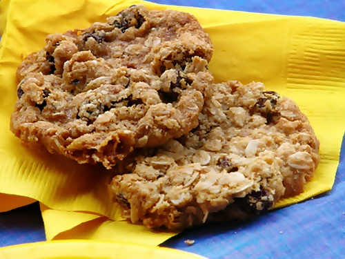 The iMore 20K / 50K Post Challenge - Are you up for it?-oatmeal-raisin-cookies.jpg