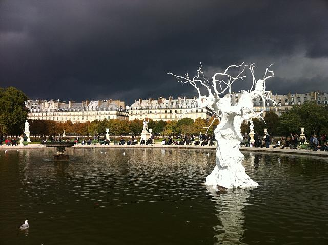 Weekly Photo Contest: Weather!-2010_10_24_14_15-paris_jardin_des_tuileries.jpg