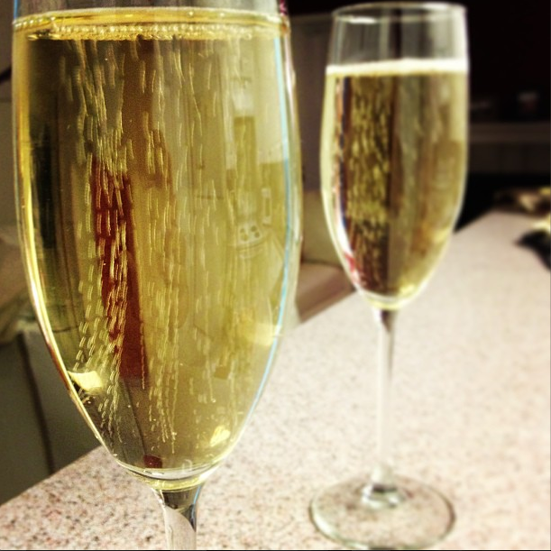 Weekly photo contest: Champagne dreams and gold wishes!-screen-shot-2013-08-21-5.01.03-pm.png