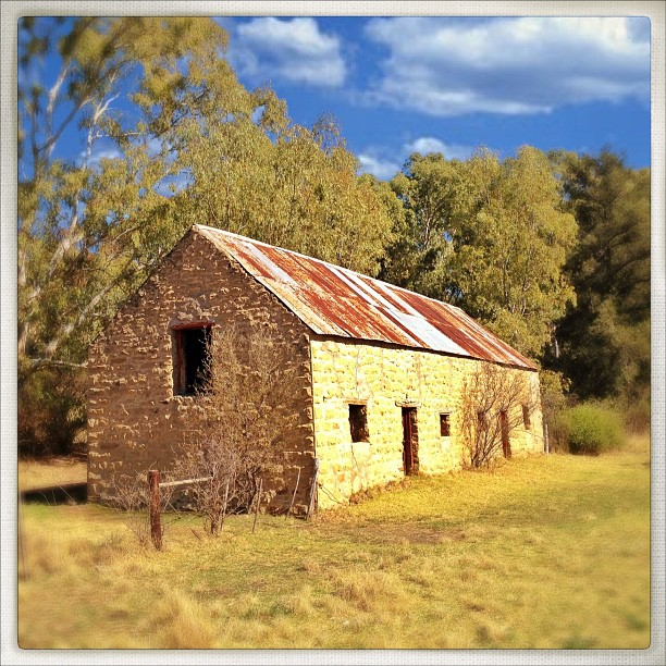 Weekly photo contest: Abandoned buildings!-2012-09-26_1348656201.jpg