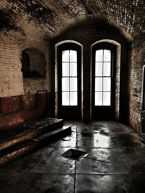 Weekly photo contest: Abandoned buildings!-img_5633.jpg