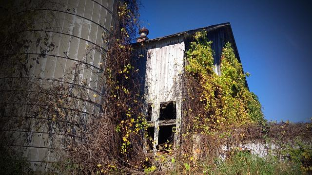 Weekly photo contest: Abandoned buildings!-img_2493.jpg