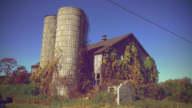 Weekly photo contest: Abandoned buildings!-img_2503.jpg