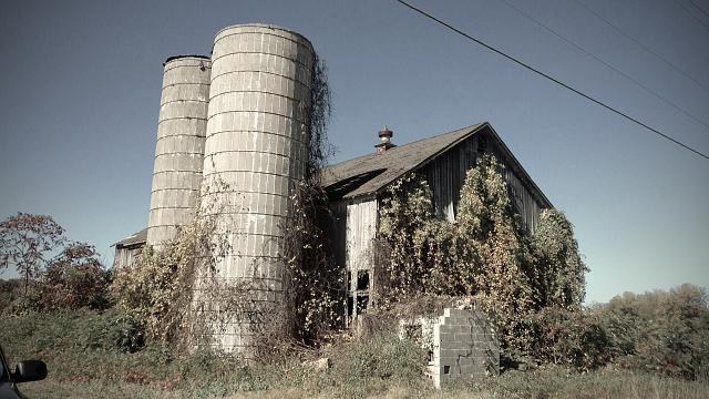 Weekly photo contest: Abandoned buildings!-img_2505.jpg