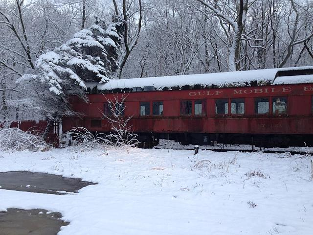 Weekly photo contest: Let it snow!-train-snowfall.jpg