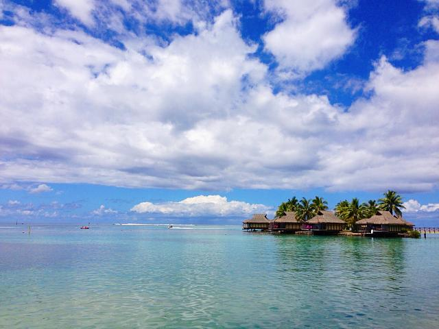 Weekly photo contest: Clouds!-tahiti.jpg