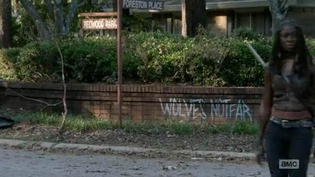 The Walking Dead-screen-shot-2015-02-09-11-59-05-am-does-solve-mystery-wolves-walking-d.png