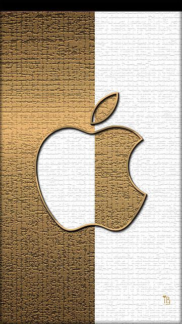 Apple Wallpaper..post your creative Apple wallpaper-ibabygirl_mygoldwhiteapple2.jpg